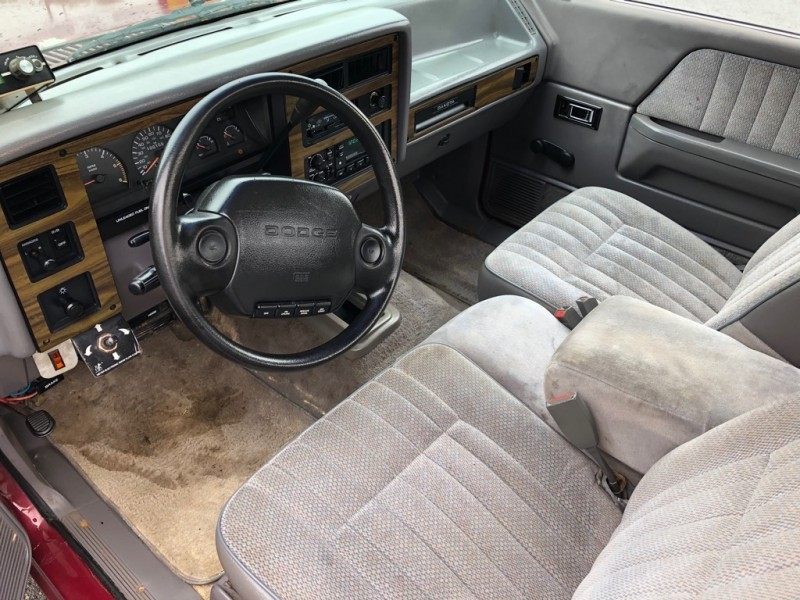 DODGE DAKOTA 4X4 1994 price $3,995