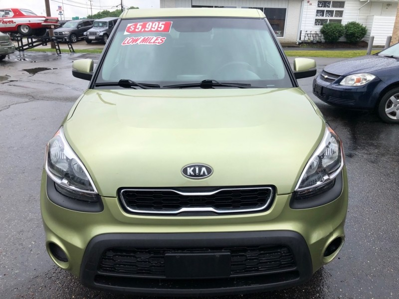KIA SOUL + 2012 price $5,995
