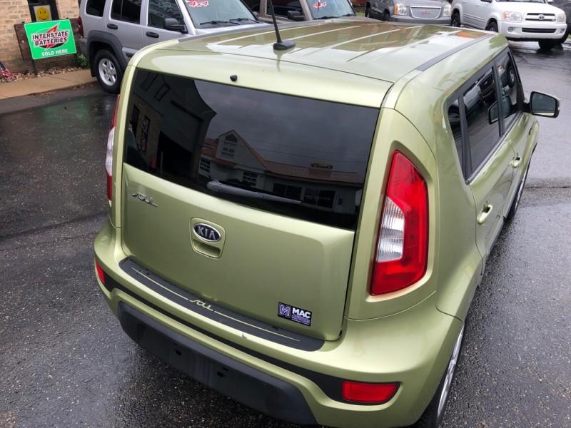KIA SOUL + 2012 price $6,995