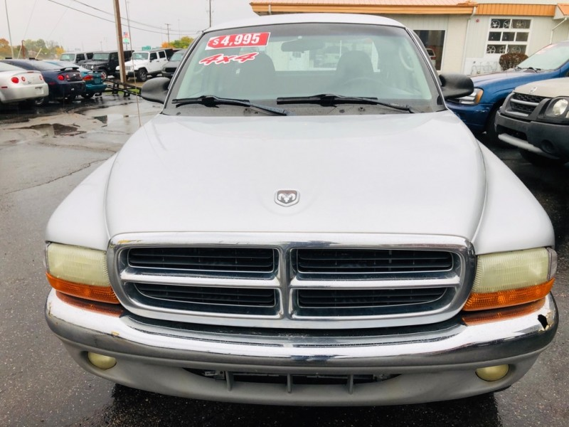 DODGE DAKOTA 4X4 2002 price $4,995