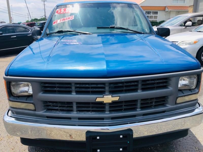 CHEVROLET C1500 1997 price $5,995