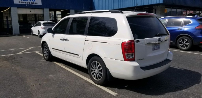 KIA SEDONA 2012 price $8,995