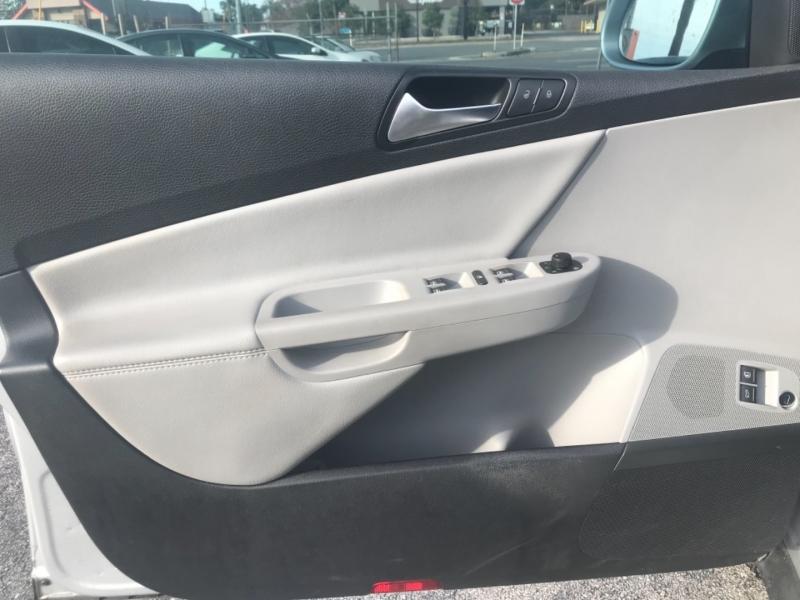 Volkswagen Passat Sedan 2009 price $5,500