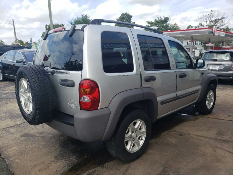 JEEP LIBERTY 2004 price $4,000
