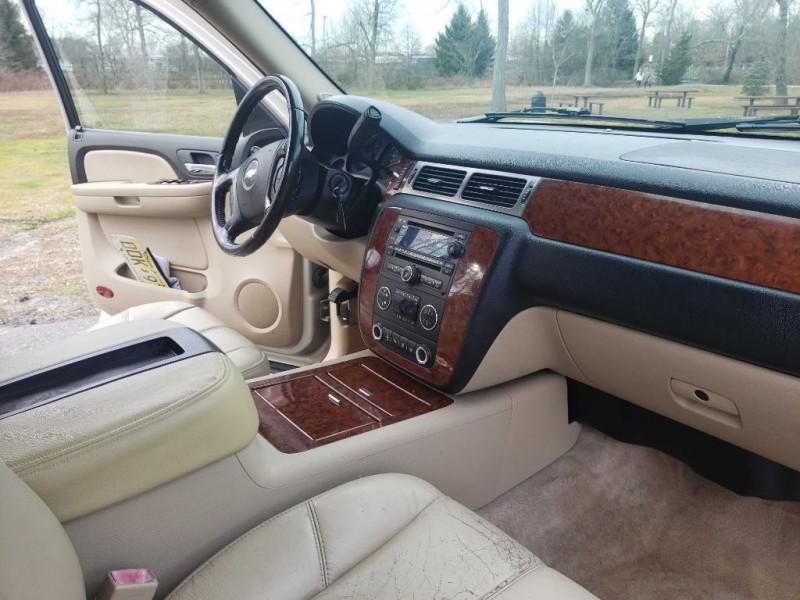 Chevrolet SUBURBAN 2007 price $7,200