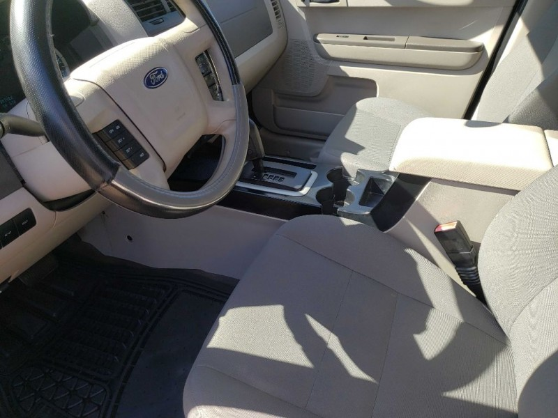 Ford ESCAPE 2011 price $7,500