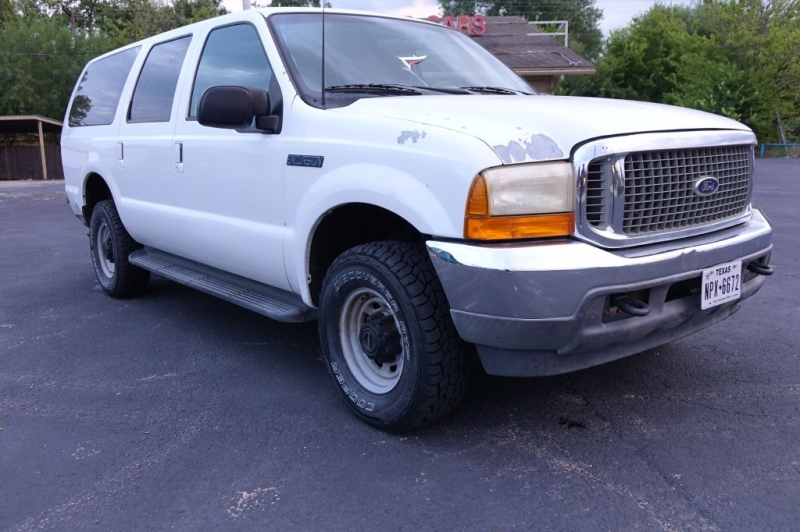 FORD EXCURSION 2001 price $13,995