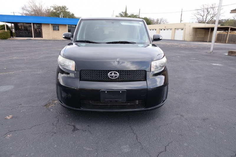 SCION  2008 price $7,450