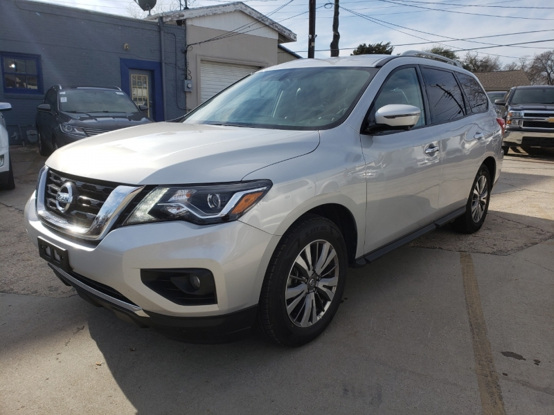 Nissan Pathfinder 2019 price Call for price