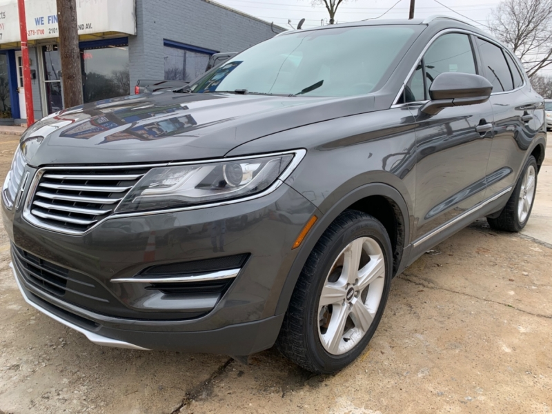 Lincoln MKC 2017 price Call for price