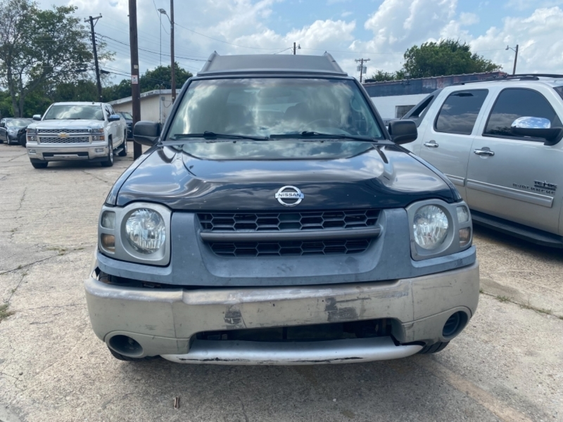 Nissan Xterra 2003 price Call for price