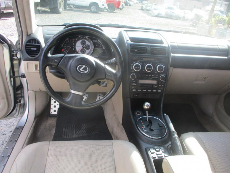 LEXUS IS 2004 price $5,999