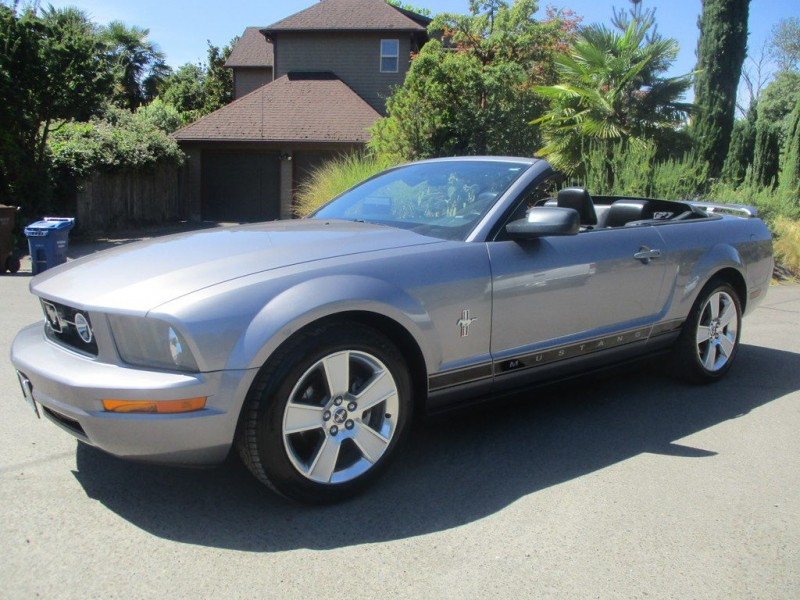 FORD MUSTANG 2006 price $6,500