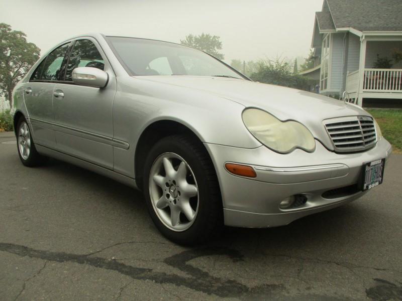 MERCEDES-BENZ C-CLASS 2002 price $4,000