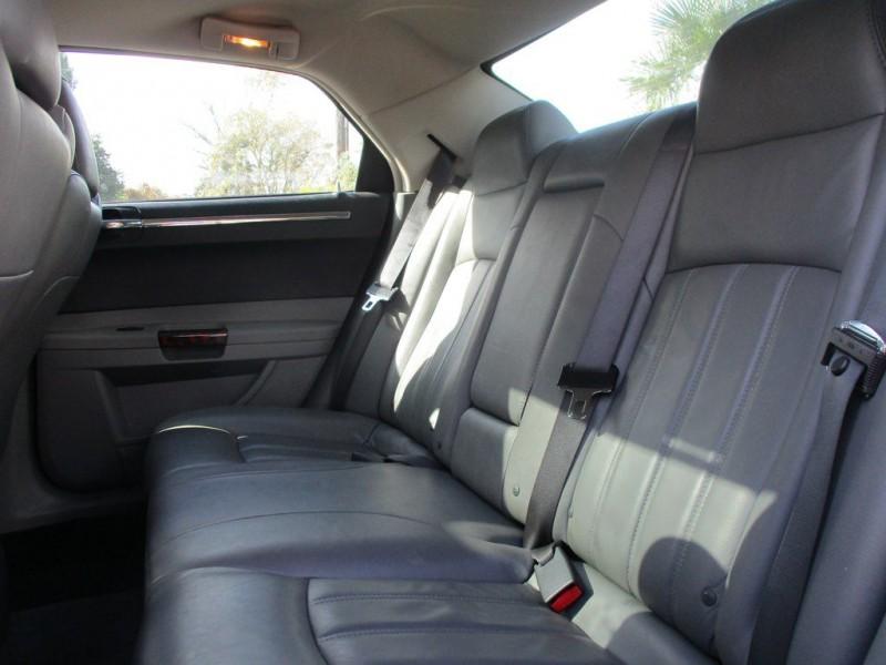 CHRYSLER 300C 2005 price $7,500