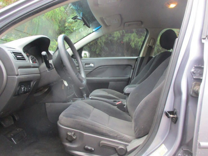 FORD FUSION 2006 price $3,300