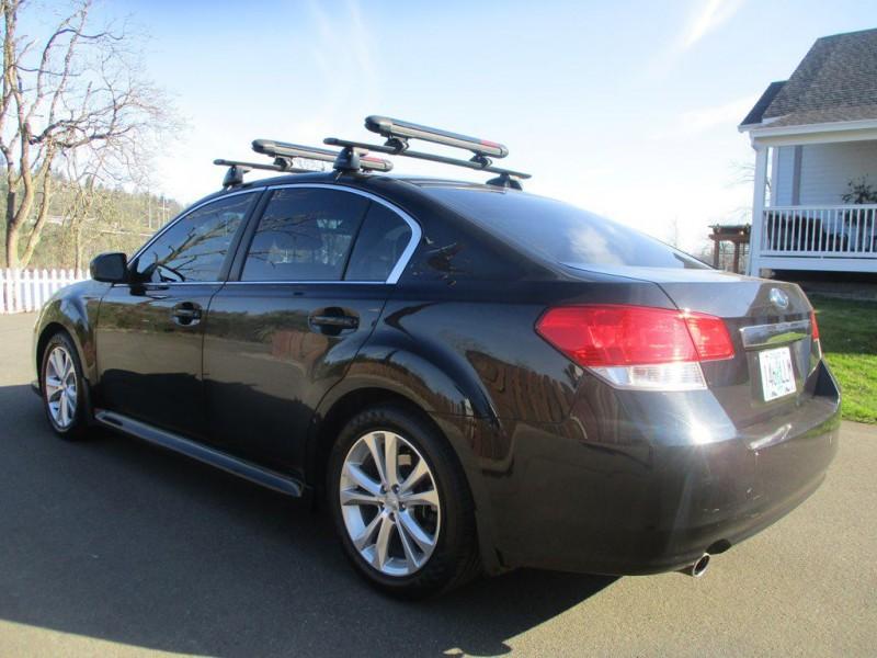 Subaru LEGACY 2013 price $10,000