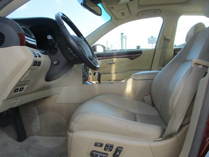 Lexus LS 2007 price $15,999