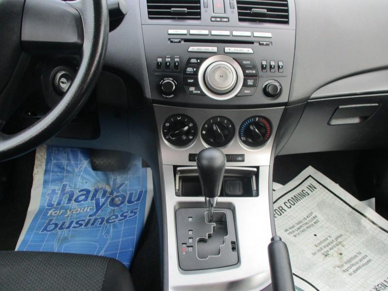 Mazda 3 2011 price $6,999