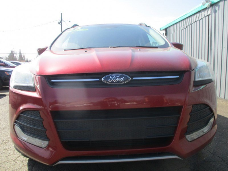 Ford ESCAPE 2013 price $9,900