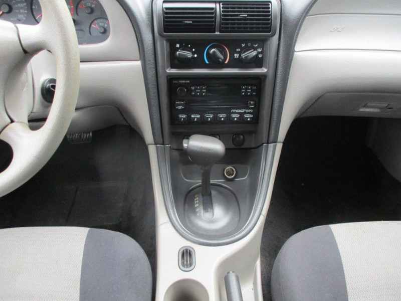 FORD MUSTANG 2003 price $3,750
