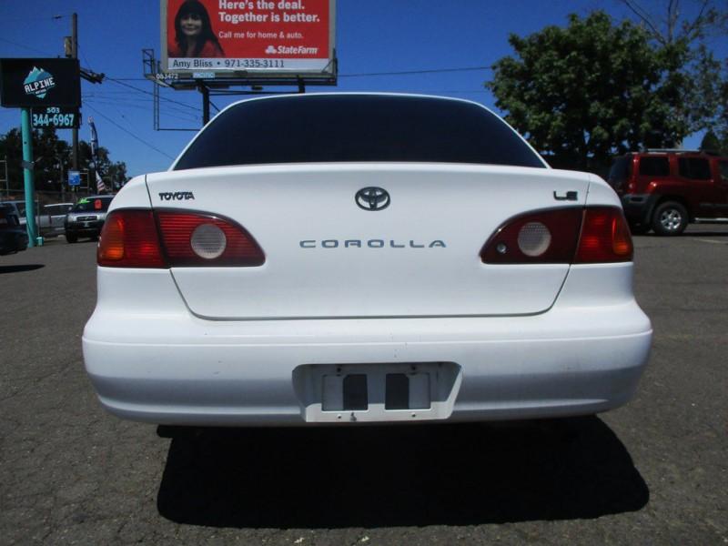TOYOTA COROLLA 2001 price $1,750