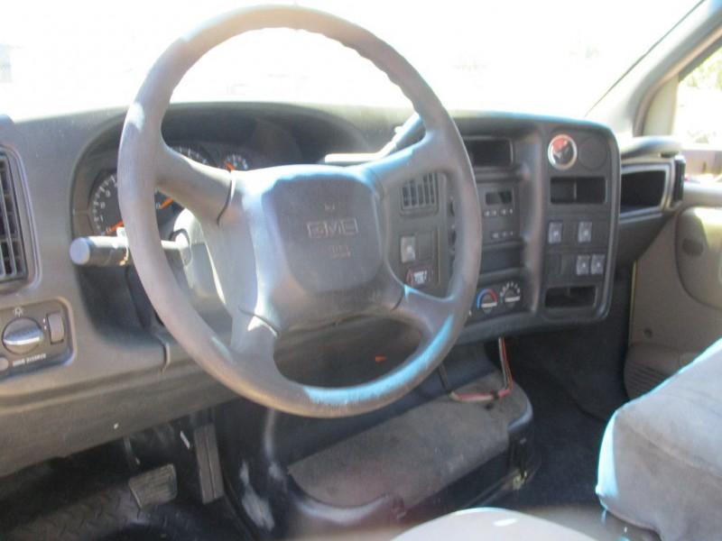 GMC TOW FLATBED 2003 price $7,999
