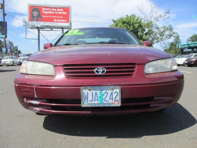 TOYOTA CAMRY 1998 price $2,750