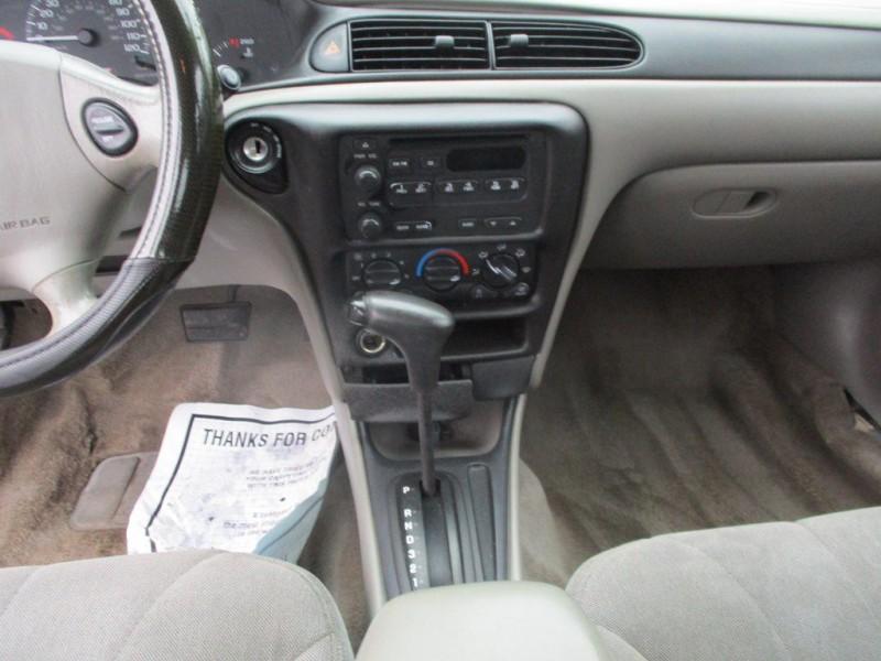 CHEVROLET CLASSIC 2005 price $2,999