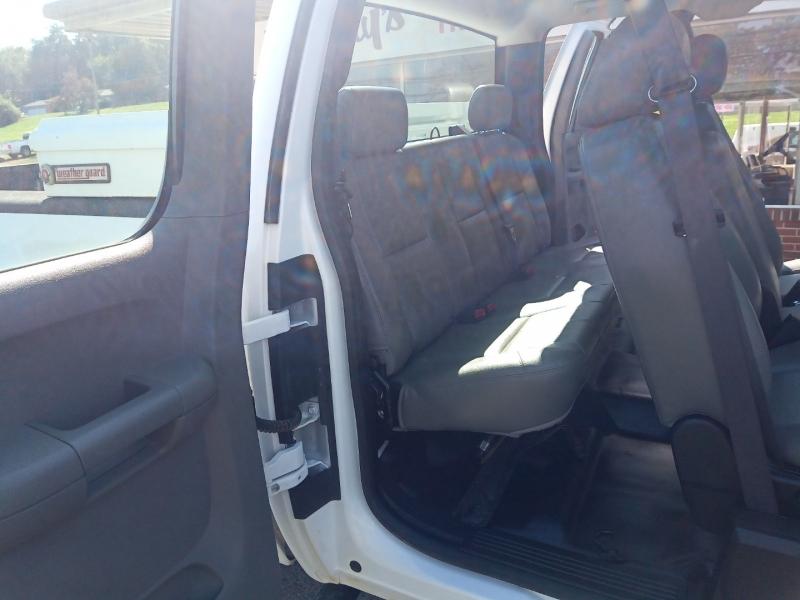 Chevrolet Silverado 3500HD 2013 price $15,900