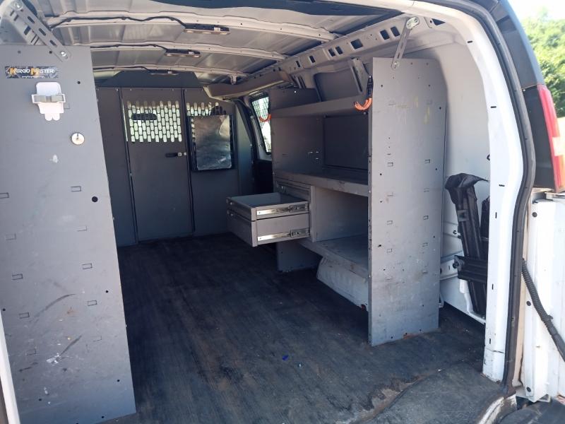 GMC Savana Cargo Van 2016 price $17,900