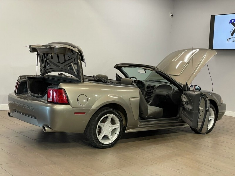 Ford Mustang 2002 price $6,000