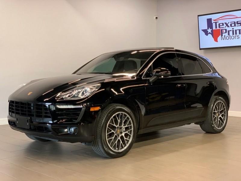 Porsche Macan 2016 price $33,995