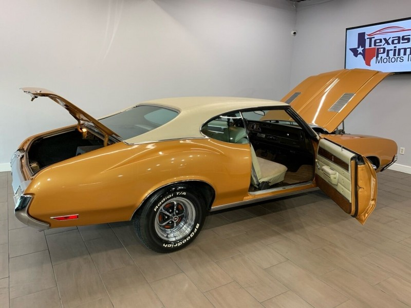 Oldsmobile Cutlass 1972 price $24,995