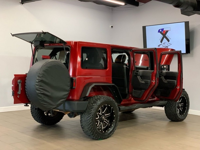 Jeep Wrangler Unlimited 2011 price $26,995