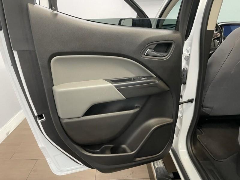 Chevrolet Colorado 2019 price $30,995