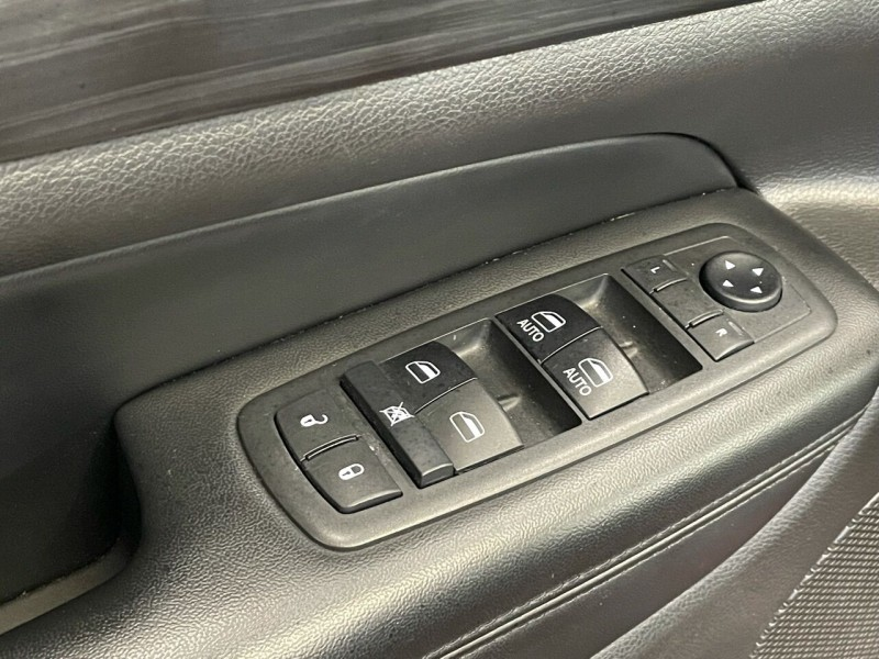 Jeep Grand Cherokee 2019 price $32,995
