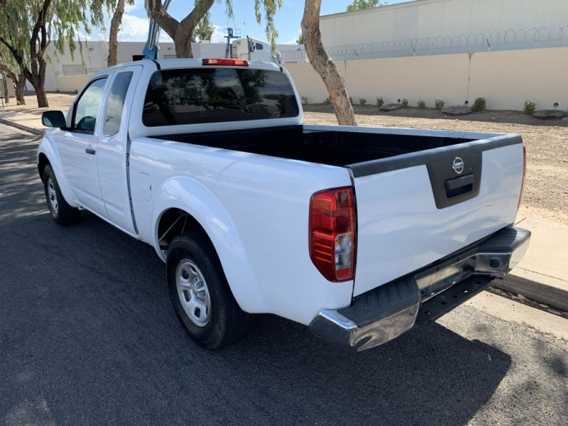 NISSAN FRONTIER 2015 price $10,499