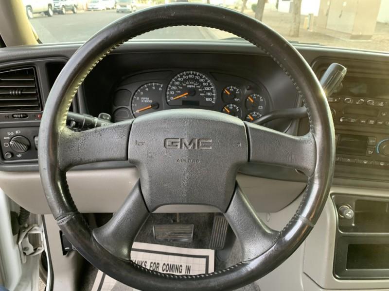 GMC YUKON 2004 price $5,999