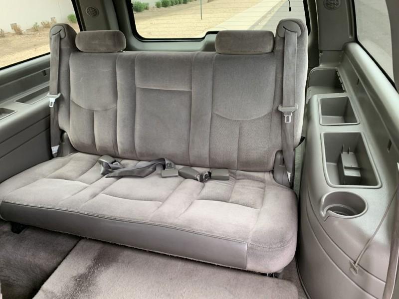 GMC YUKON XL 2004 price $8,999