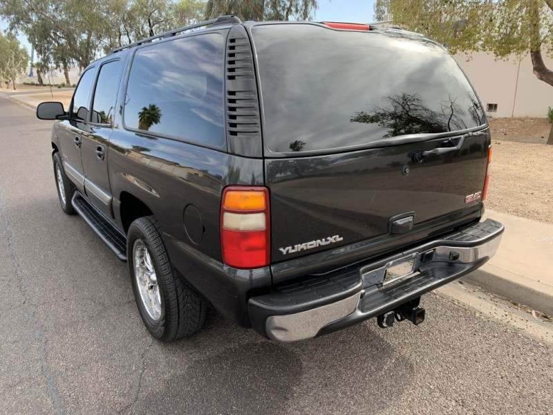 GMC YUKON XL 2003 price $8,949