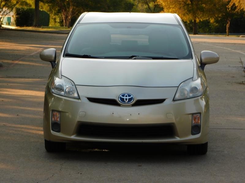 Toyota Prius 2011 price $5,791