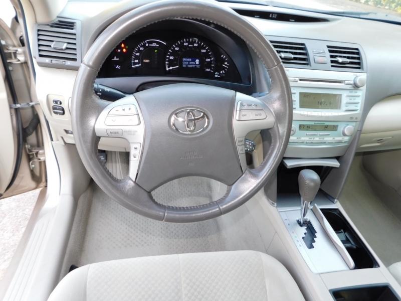 Toyota Camry Hybrid 2009 price $5,990