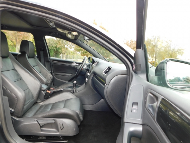 Volkswagen GTI 2011 price $8,990