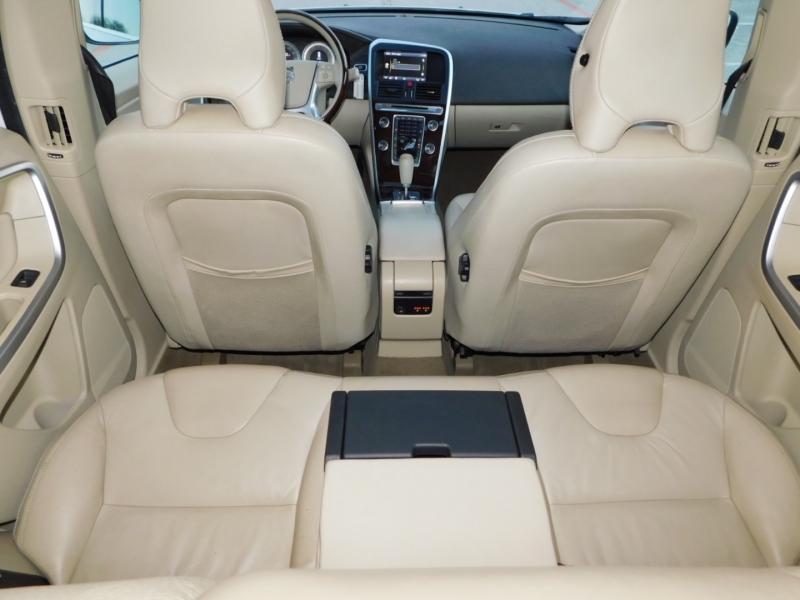 Volvo XC60 2012 price $8,990