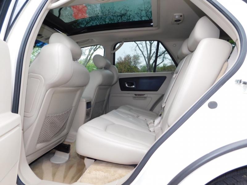 Cadillac SRX 2005 price $7,990