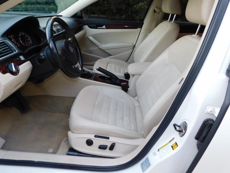 Volkswagen Passat 2013 price $11,990
