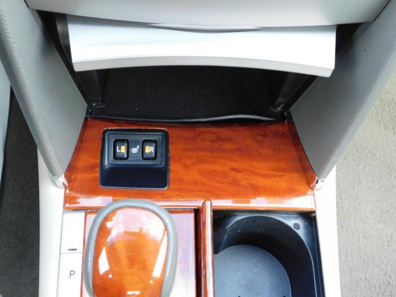 Toyota Camry Hybrid 2011 price $9,290