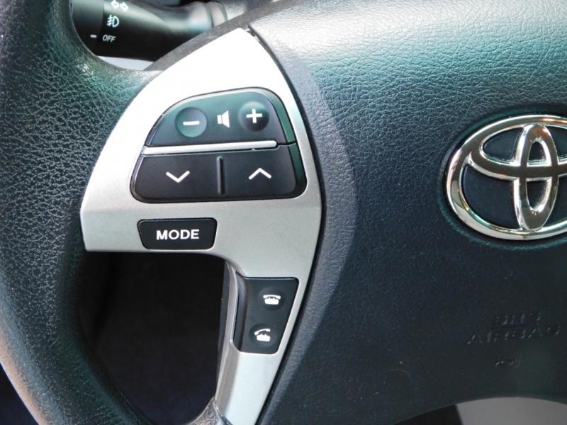 Toyota Highlander 2013 price $12,791