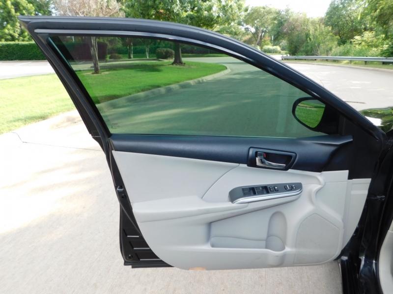 Toyota Camry Hybrid 2012 price $7,990
